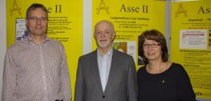 Dr. Frank Hoffmann (Mitte) auf der Asse-Ausstellung